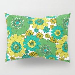 Pushing daisies turquoise Pillow Sham