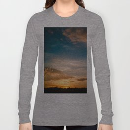 Where the sun rises Long Sleeve T-shirt