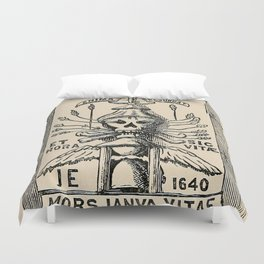 Sun dials and roses of yesterday Duvet Cover