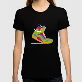 90s shoe / throwback T-shirt