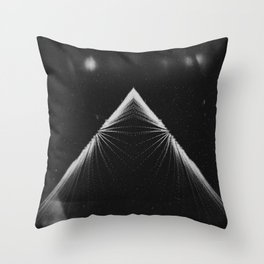Piramide de la Luna Throw Pillow
