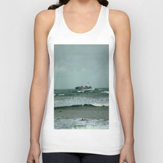Leistering  Cargo Ship & Surfers Unisex Tank Top