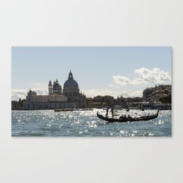 Vinice view with gondola from sea Canvas Print