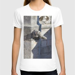Gargoyle tower of Belem T-shirt
