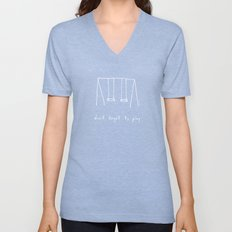 Don't forget to play - red Unisex V-Neck