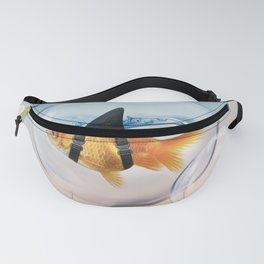 Shark Fin Goldfish in a Bubble Fanny Pack