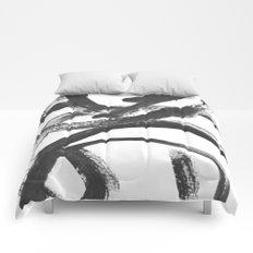Interlock black and white paint swirls Comforters