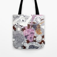scream Tote Bags featuring Scream by doviArt