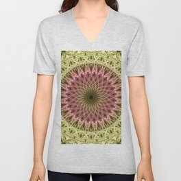 Detailed mandala in gold and red ones Unisex V-Neck