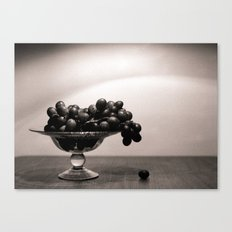 Graped, left to die Canvas Print
