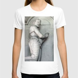 Monument to Sir Thomas Wentworth the 1st Earl of Strafford T-shirt