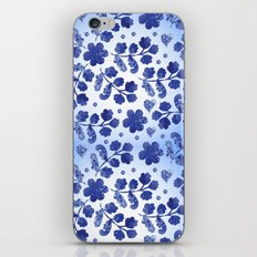 Beautiful vintage watercolor pattern with flowers iPhone & iPod Skin