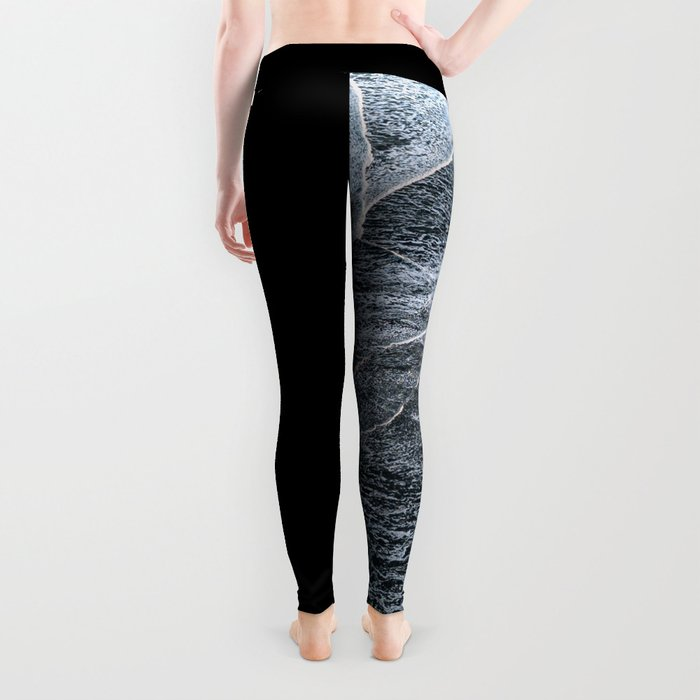 Waves on a black sand beach in iceland - minimalist Landscape Photography Leggings