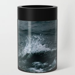 Wave out of a window of a ship – Minimalist Oceanscape Can Cooler