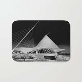 Milwaukee I | C A L A T R A V A | architect | Bath Mat