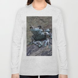 Blue tree frog Long Sleeve T-shirt
