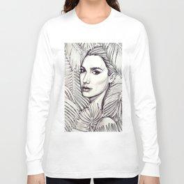 Stunning Gal Gadot Long Sleeve T-shirt