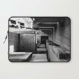 Tunnel Laptop Sleeve
