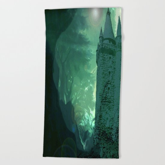 Caisleán Grove Poison Beach Towel