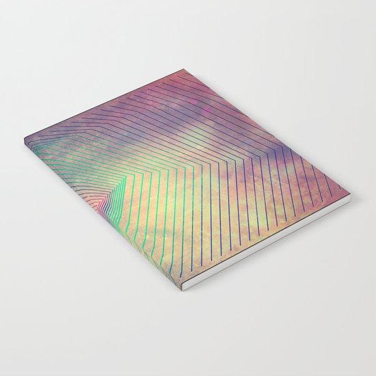 lyyn tyym Notebook