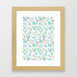 Red and Green Christmas leaves patterm Framed Art Print