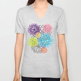 Delphine • Yoga design • Unisex V-Neck
