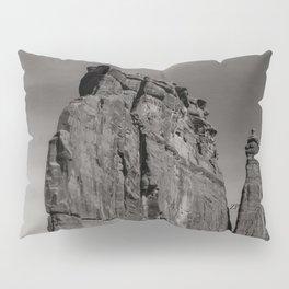 B&W Courthouse rock Pillow Sham