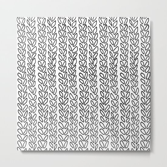 Knit Outline Zoom Metal Print