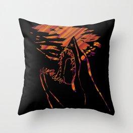 mako shark Throw Pillow