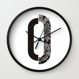 O letter Wall Clock