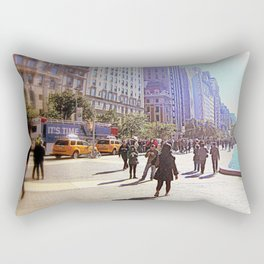 Sunny day in front of Metropolitan museum Rectangular Pillow