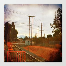 Waitin' for the train Canvas Print