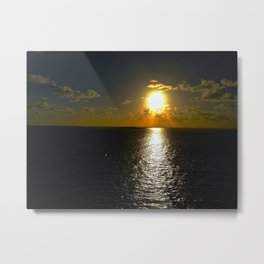 Sun Set By The Sea Metal Print