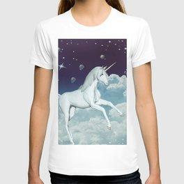 Lovely Unicorn in the sky T-shirt