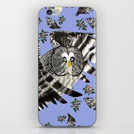 Great grey owl (Strix nebulosa) iPhone Skin