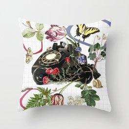 the garden calls Throw Pillow