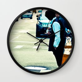 Lost in The Apple Wall Clock