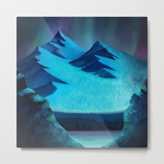 Aurora Borealis In The Mountain Pass Metal Print