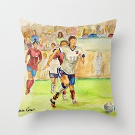 Alex Morgan Carrasco_Soccer player Throw Pillow