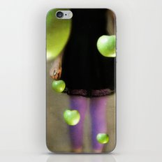 La Collectionneuse iPhone & iPod Skin