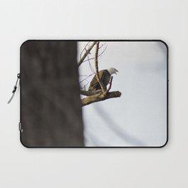 Eagle Hunting for Dinner Laptop Sleeve