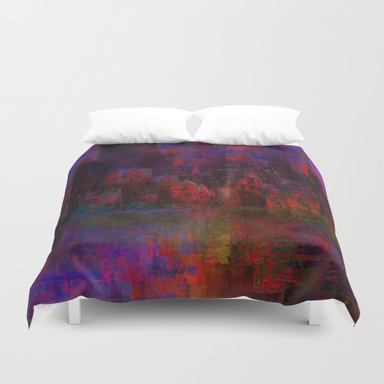 Rouge city Duvet Cover