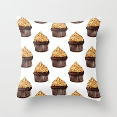 Party cupcakes pattern Throw Pillow