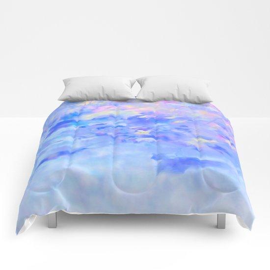 Blue Leaves under a Lavender Sky Comforters