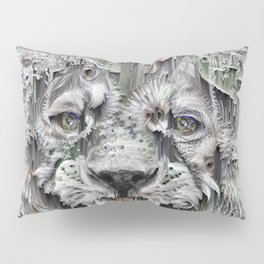 Lion in the night Pillow Sham