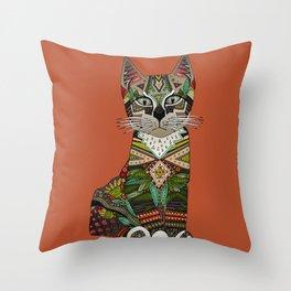 pixiebob kitten sienna Throw Pillow
