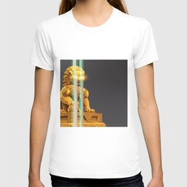Asian lion neon light print T-shirt