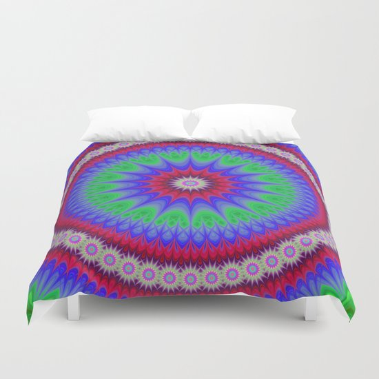 Happy mandala Duvet Cover