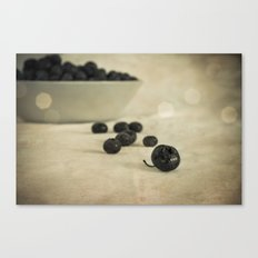 blue berries Canvas Print