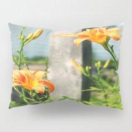 Growing Lilys Pillow Sham